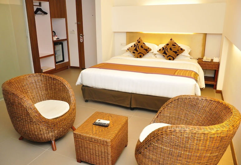 The RGN City Lodge, Yangon, Deluxe Room, Guest Room