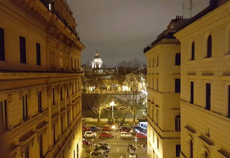 Residenza Cavallini, Rome, Exterior
