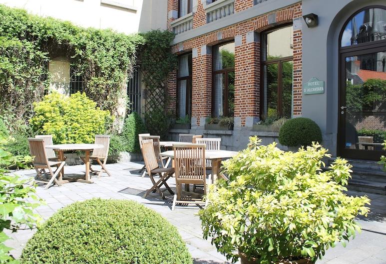 Hotel d'Alcantara, Tournai, Terraza o patio