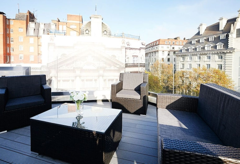 Stayo Exeter Street, London, Luxurious 3 bed at Exeter Street with roof terrace - EX05, Terrasse/Patio