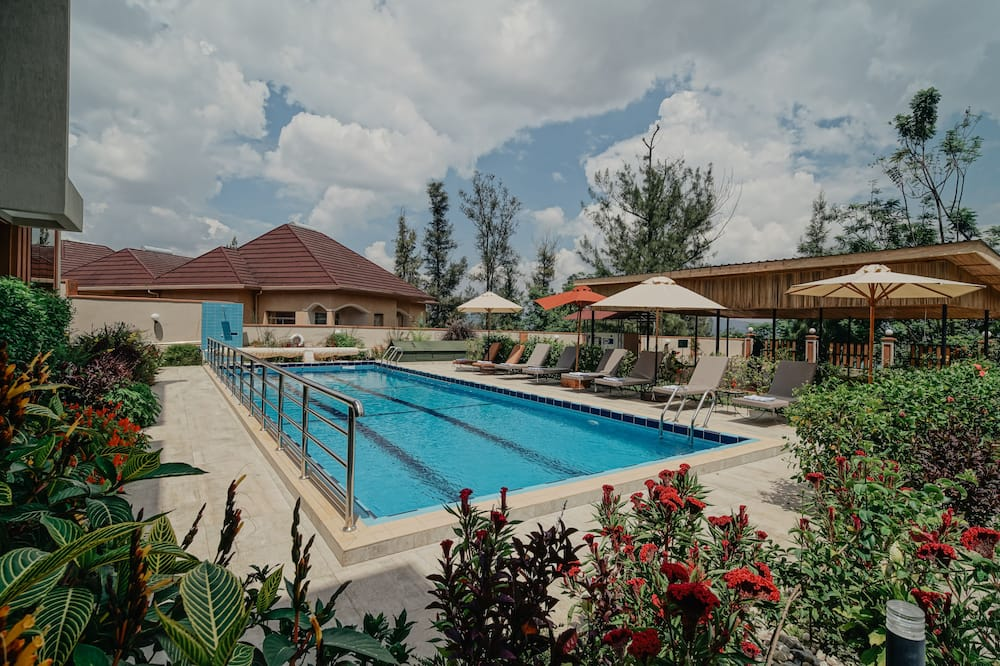 Residence Superior Queen Room - Outdoor Pool