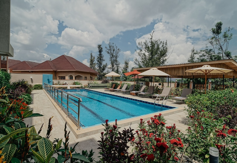 Heaven Restaurant & Boutique Hotel, Kigali, Residence Superior Queen Room, Außenpool