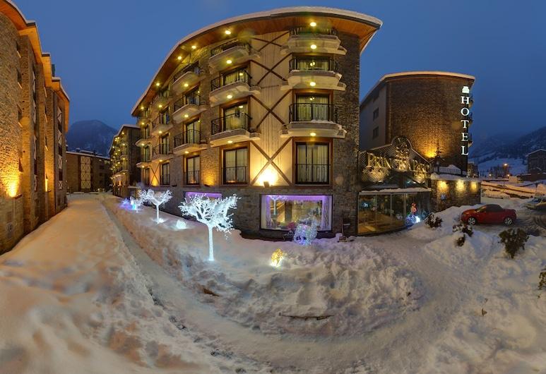 Hotel Spa Diana Parc, Arinsal, Pohľad na hotel – večer/v noci