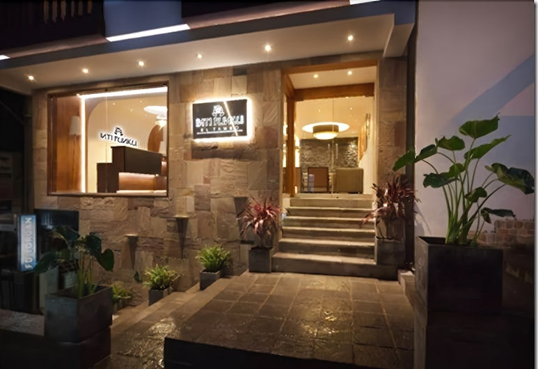 Inti Punku El Tambo, Machu Picchu, Façade de l'hôtel - Soir/Nuit