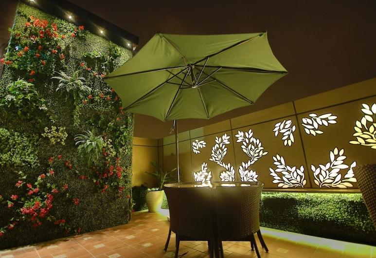 JRD Exotica, New Delhi, Balkon