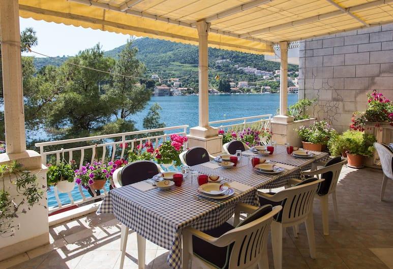 Villa Malfi, Dubrovnik