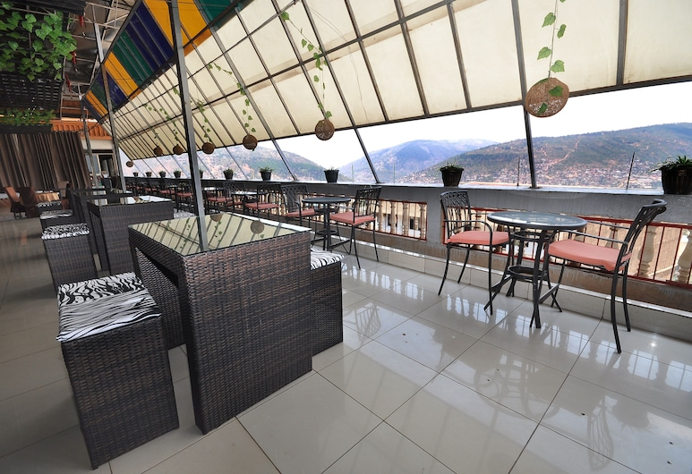 2000 HOTEL Downtown Kigali, Kigali, Terrace/Patio