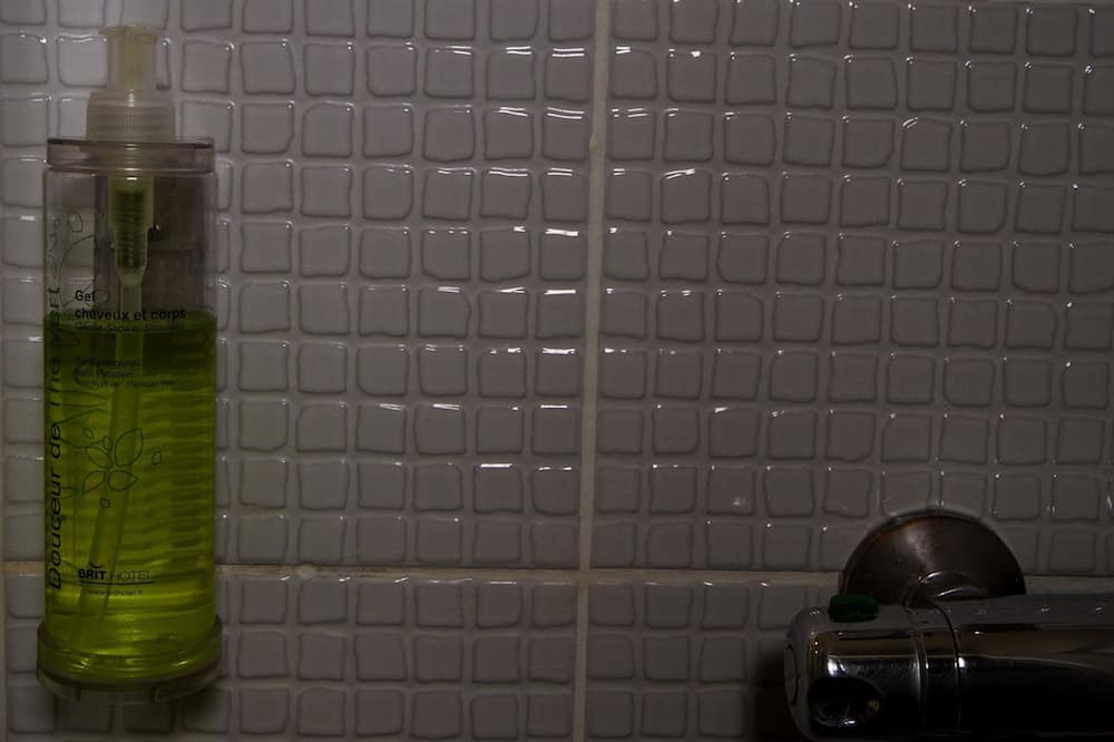 Standard Δίκλινο Δωμάτιο - Μπάνιο