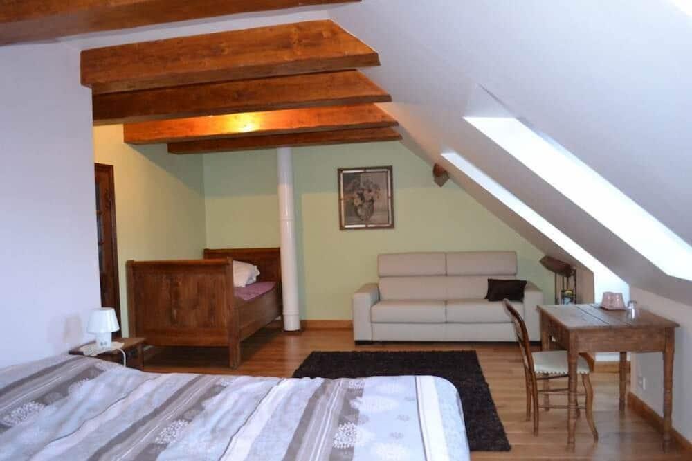 Premium-værelse til 4 personer - eget badeværelse (La Cabrette) - Opholdsområde