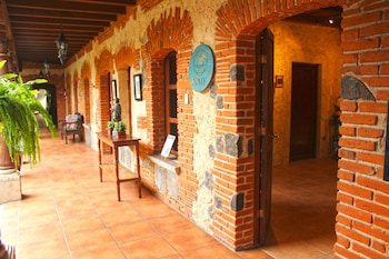 Picture of Naif Boutique Hotel & Gallery in Antigua Guatemala