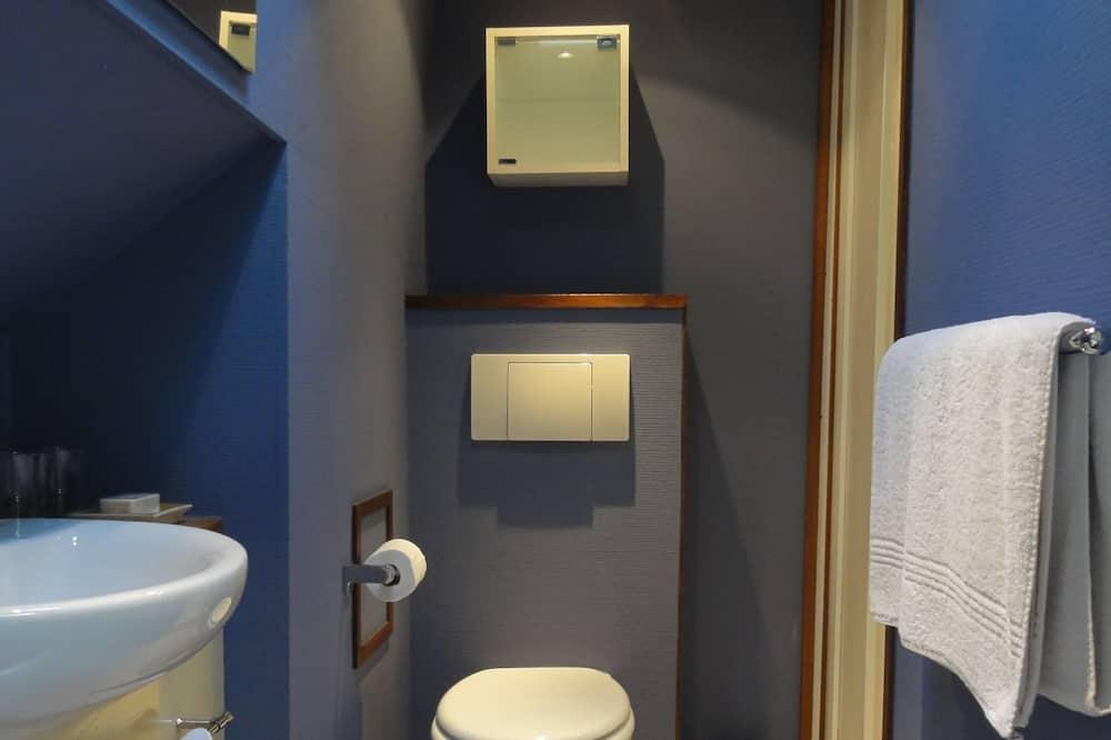 Pokoj s dvoulůžkem nebo 2 jednolůžky (Shower) - Koupelna