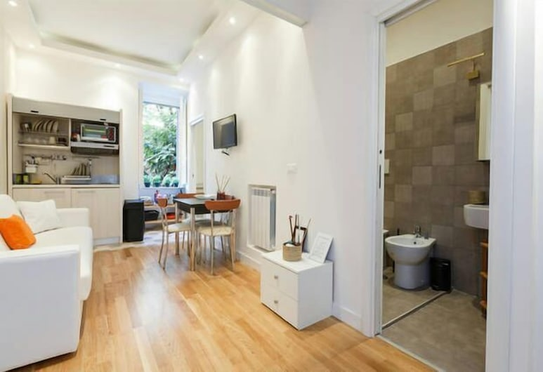 Sweet Rome Apartment, Rome, Apartment, 2 Bedrooms, Living Room