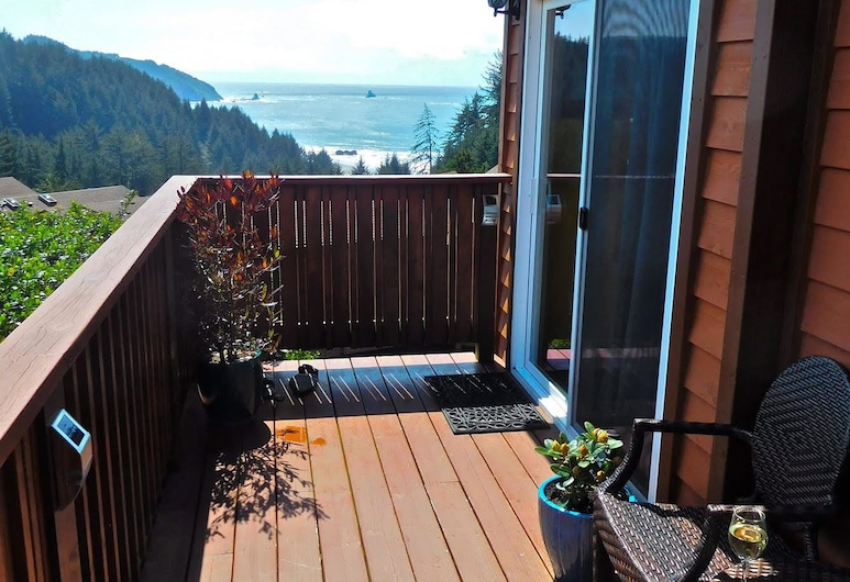 Whaleshead Beach Resort, Brookings, Cabin OV-9A Non Pet Friendly, Balkonas