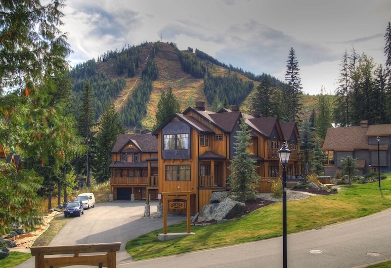 Mountain Town Properties The Lofts 1, Rossland