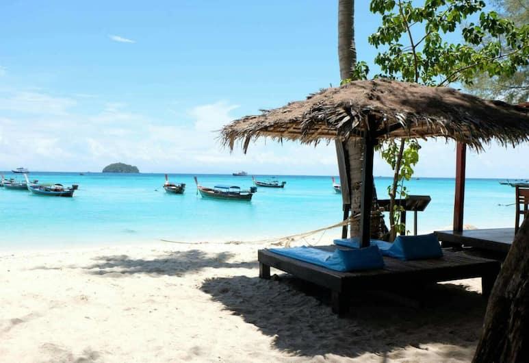 Wapi Resort Koh Lipe, Satun, Beach