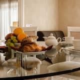 Deluxe Apartment, 1 Bedroom, Balcony, City View (al Castello) - Living Area