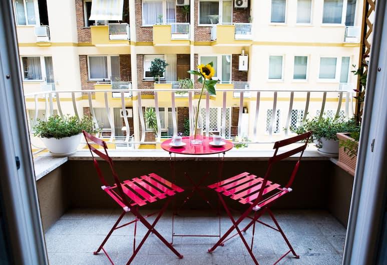 Domus Temporis, Rom, Deluxe-værelse med dobbeltseng eller 2 enkeltsenge - balkon, Altan