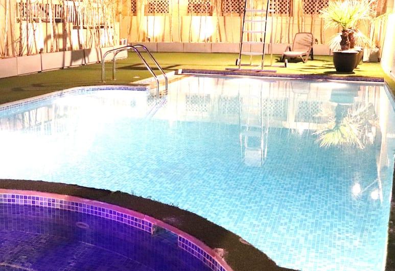 Buraq Hotel By Gemstones, Dubajus