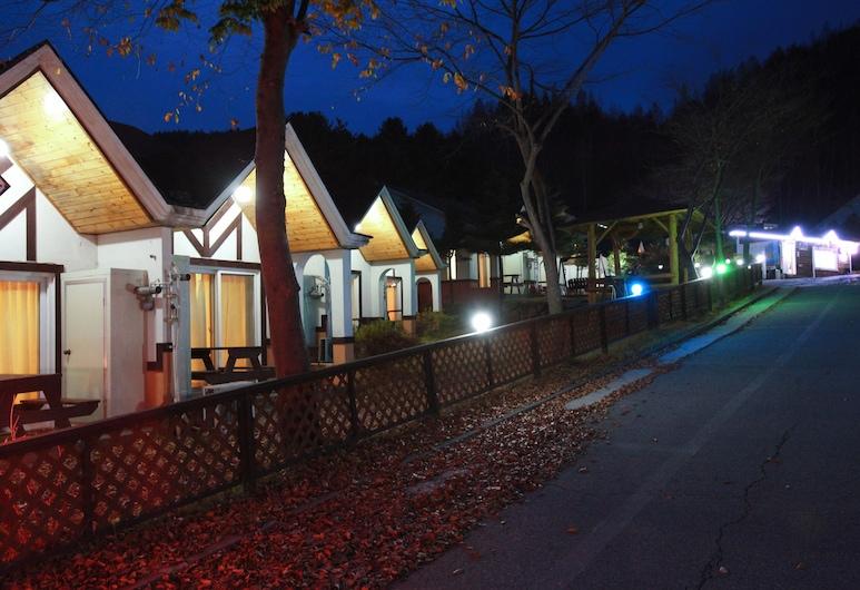 Hyundai Village Resort Pyeongchang, Pyeongchang, Façade de l'hôtel - Soir/Nuit