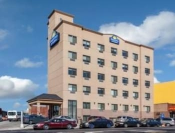 Picture of Days Inn & Suites Jamaica JFK Airport in Jamaica