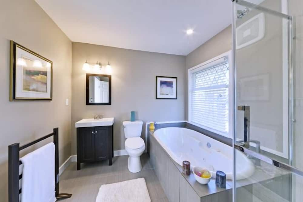Apartmá, dvojlůžko (200 cm) - Koupelna