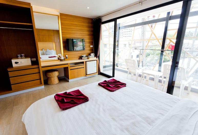 Room Actually, Karon, Hosťovská izba