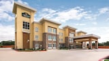 Choose This Business Hotel in Luling -  - Online Room Reservations