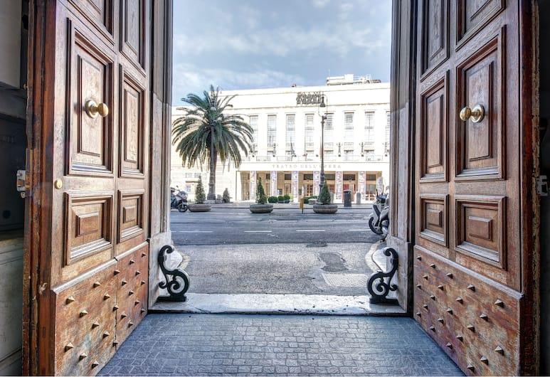 Opera Dreams, Roma, Hotellinngang