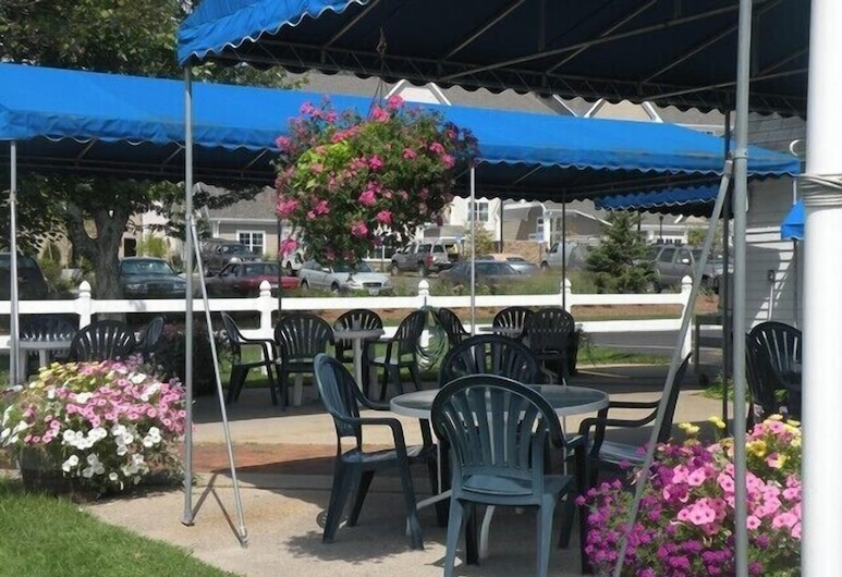 Yankee Clipper Inn, North Conway, Terrazza/Patio
