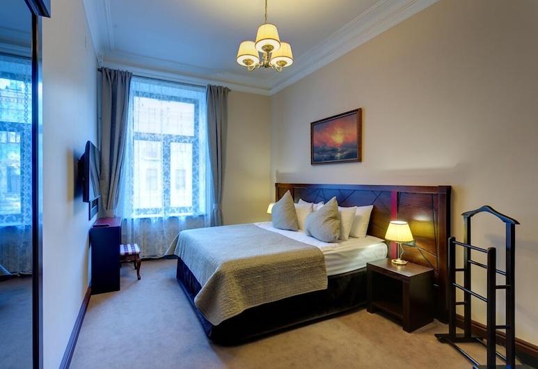 Отель Big Marine, Санкт-Петербург, Люкс, 1 двуспальная кровать «Кинг-сайз», вид на город, Номер