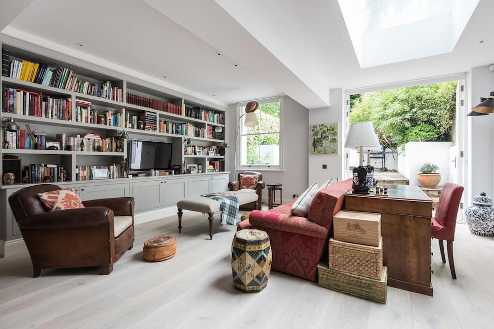 Apartment, 1 Bedroom (St Stephen's Gardens III) - Living Room