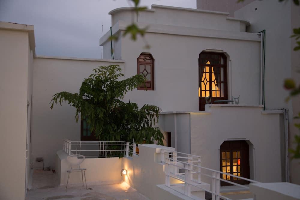 Casa Monraz Hotel Boutique y Galería