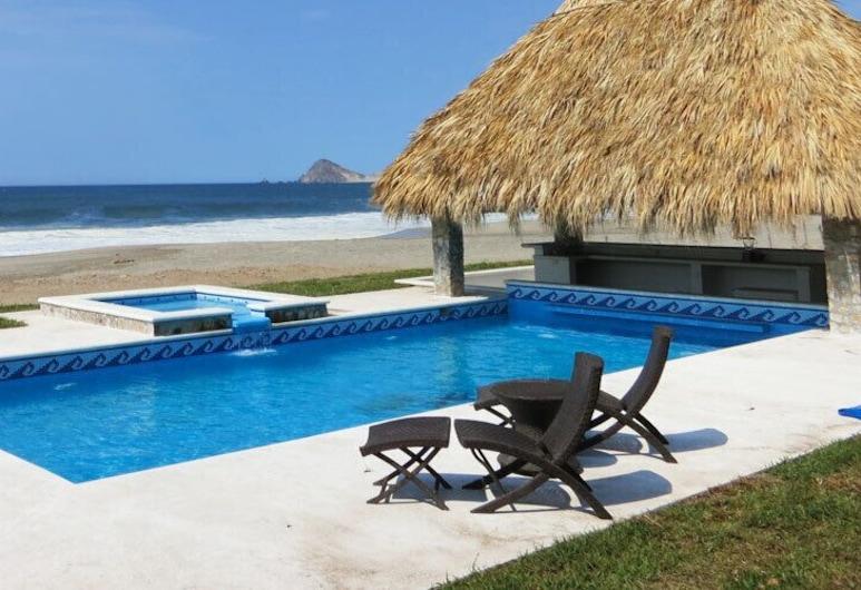 Punta Conejo Resort, Salina Cruz, Bazen