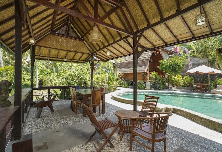 OYO 1946 Terrace Campuhan, Ubud, Ruokailu