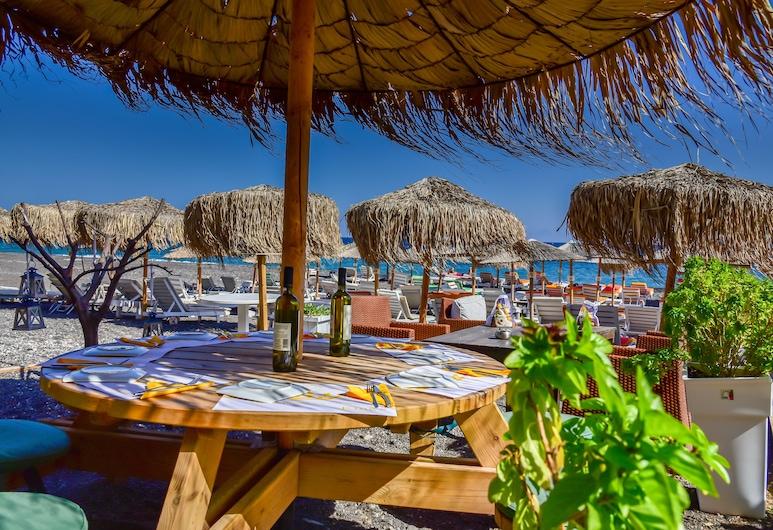 King's Suites, Santorini, Beach