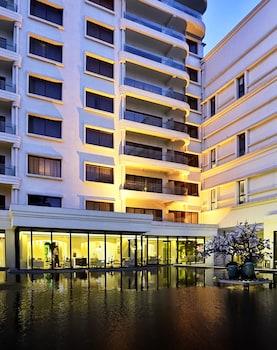 Фото Metropolo Classiq Shanghai Jing'an Temple Hotel у місті Шанхай