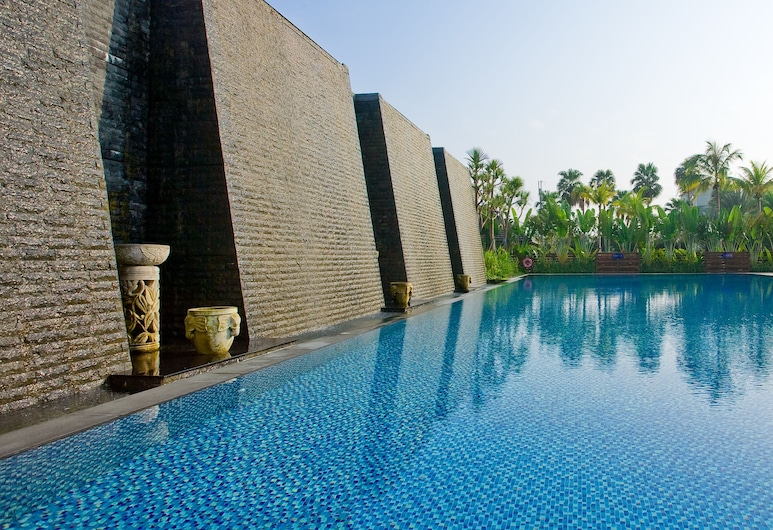 Queena Plaza Hotel Tainan, Tainan, Outdoor Pool