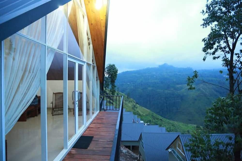 特級小木屋, 1 張特大雙人床, 河景, 山旁 - 露台