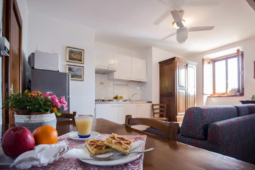 Soukromý byt s panoramatickým výhledem, výhled do údolí - Obývací prostor
