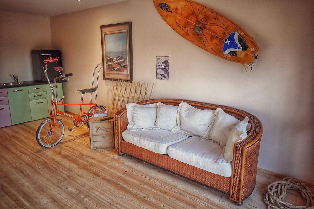 Design-Apartment, 1Doppelbett und Schlafsofa, Kühlschrank und Mikrowelle - Mikrowelle