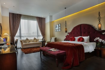 Enter your dates for our Hanoi last minute prices