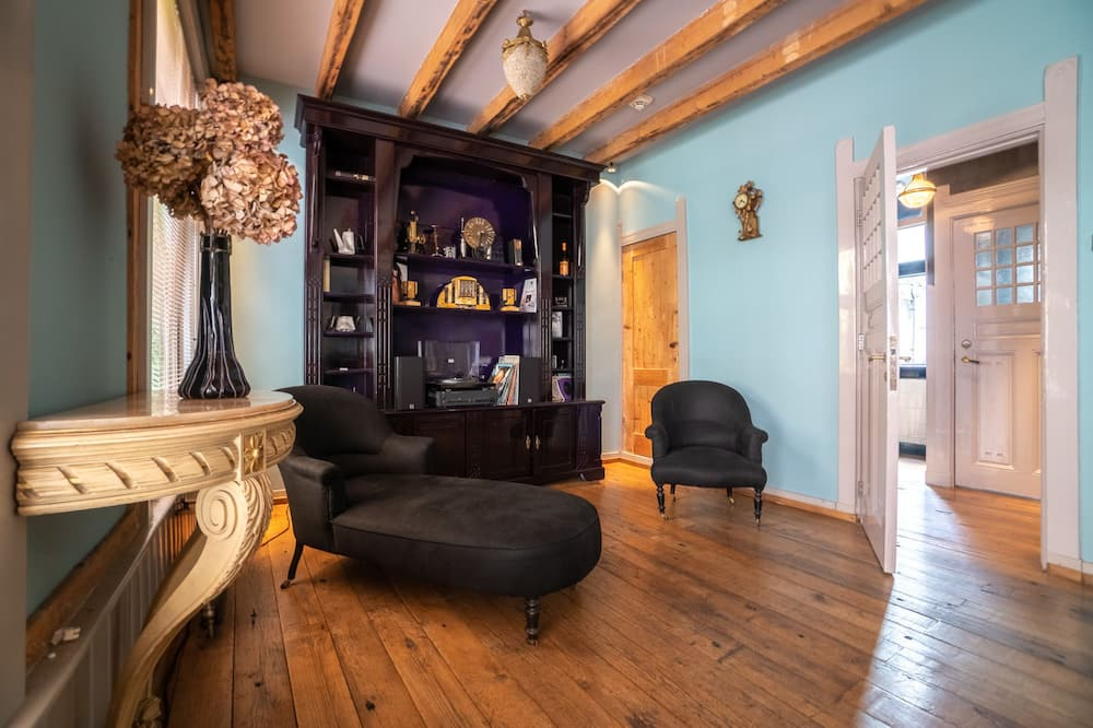 The Mayer Manor - Vardagsrum