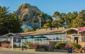 Picture of Jenner Inn in Jenner