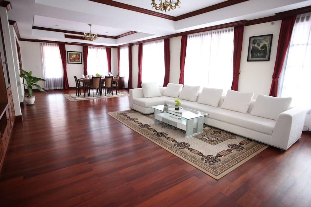 Three-Bedroom Suite - Soggiorno