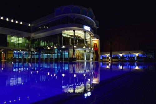 特斯泰拉飯店/
