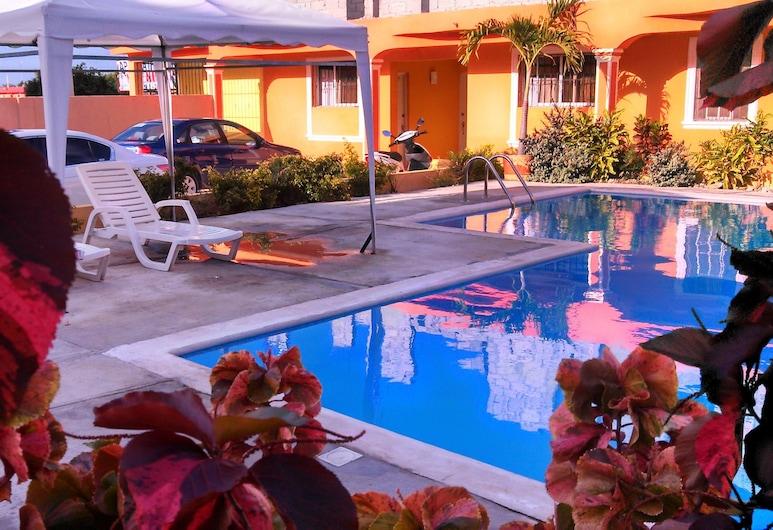 Apartahotel Next Nivel, Punta Cana, Pool Waterfall