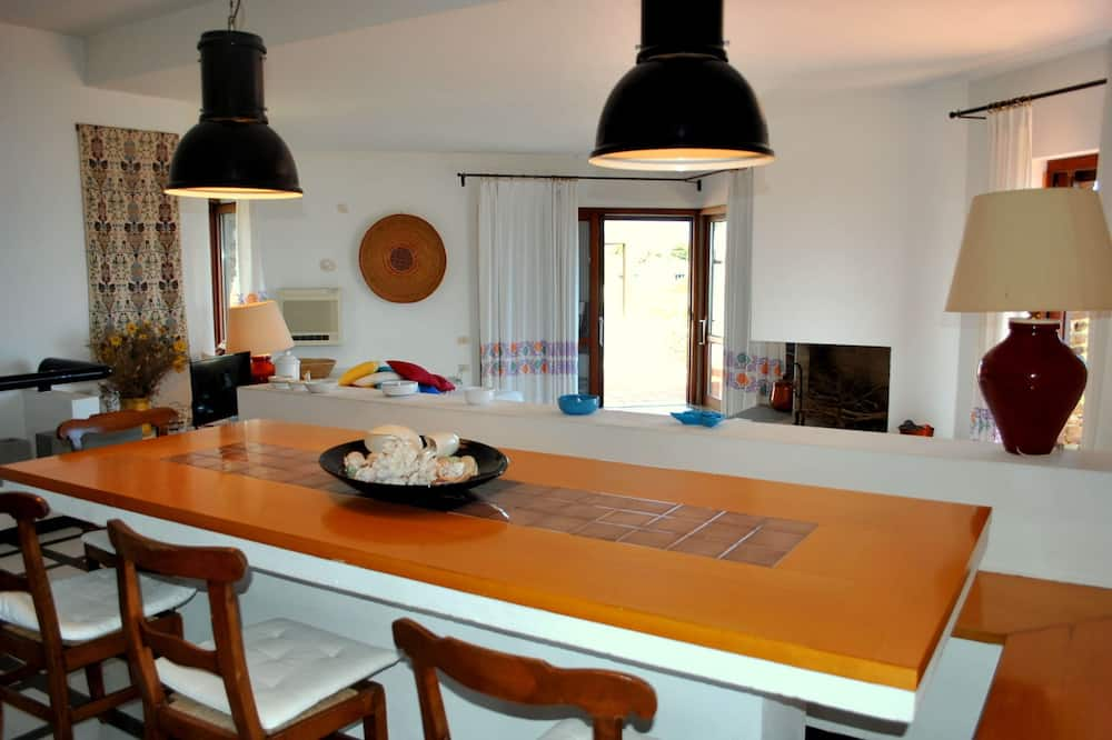 Villa, 5 habitaciones, terraza, vista al mar - Servicio de comidas en la habitación