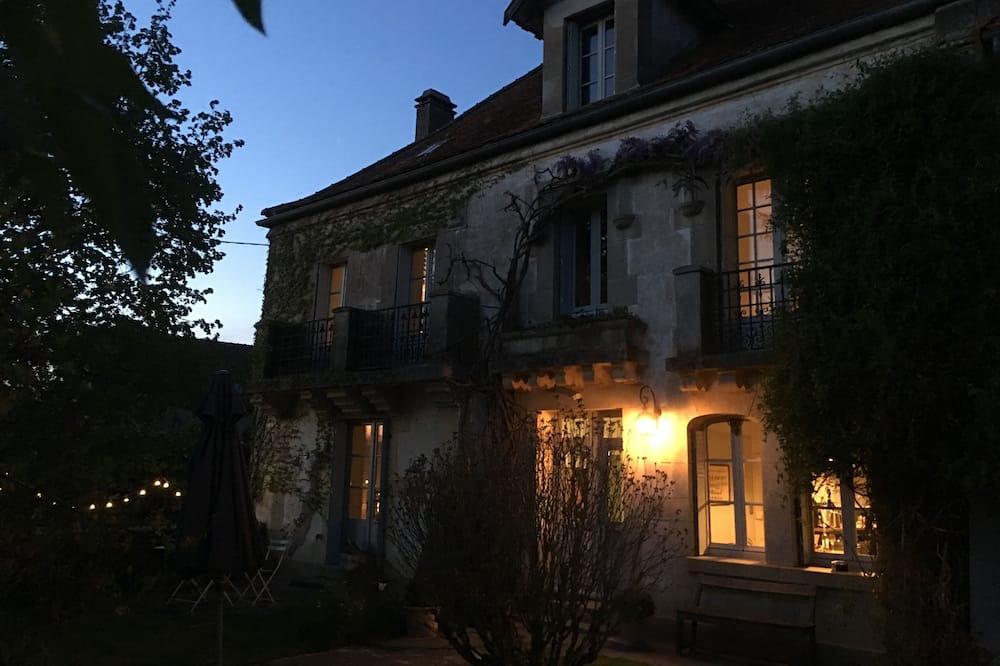 Cottage Deluxe, salle de bains attenante, vue jardin - Photo principale