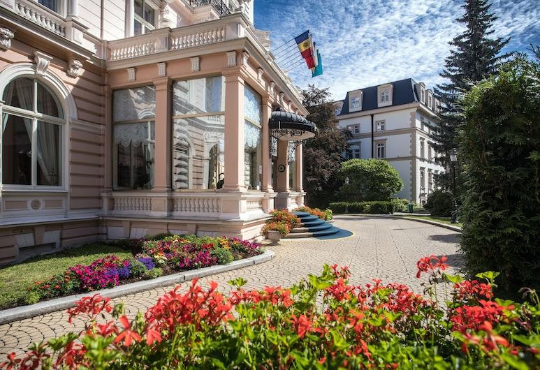 Hotel Bristol Palace, Karlovi Varai, Įėjimas į viešbutį