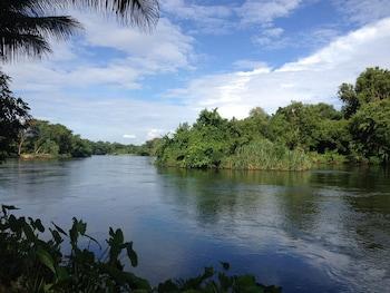 Naktsmītnes Island Resort River Kwai by October attēls vietā Kanchanaburi